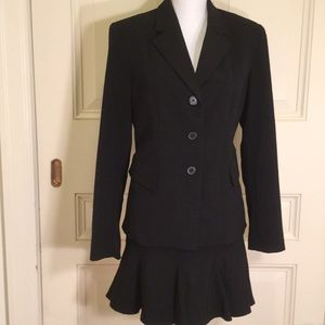 The Limited Stretch Skirt Suit New Without Tags